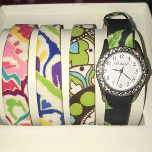 EUC Vera Bradley watch w/ 4 interchangeable bands
